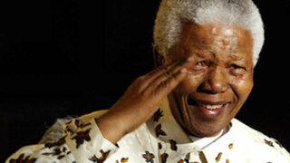 Nelson Mandela recibió sepultura en Qunu tras 10 días de homenajes