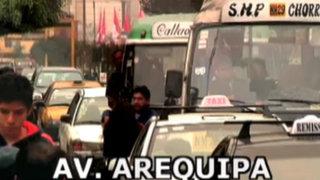 Caos vehicular en Lima: infracciones y faltas a vista y paciencia de la Policía