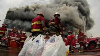 Incendio en La Victoria: Bomberos pasaron penurias para sofocar llamas