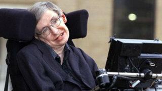 Stephen Hawking prueba la existencia del universo con una aplicación para iPad
