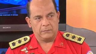 Contraloría prohíbe cobrar 'sueldo' al Comandante General de los Bomberos