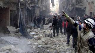 Aviación siria bombardea barrios de Alepo matando a 93 personas