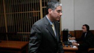 Oficiales ascendidos por Cateriano visitaron a López Meneses en penal San Jorge
