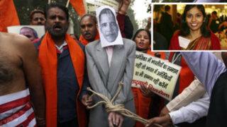 India: Cientos protestaron contra EEUU por detención y maltrato a su diplomática