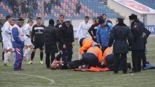 VIDEO: provoca escalofriante lesión en fútbol rumano y solo le sacan amarilla