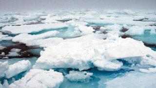 Descubren enorme reserva de agua bajo hielo de Groenlandia