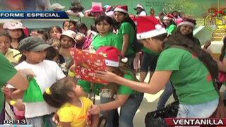 Educadoras cumplieron sueño de Navidad de los niños de Lomas de Ventanilla