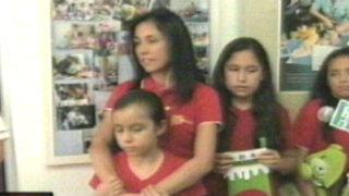 Nadine Heredia visitó a 70 niños y adolescentes con cáncer por Navidad