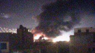 Cuerpo de bomberos atiende incendio en la avenida Guardia Civil en Chorrillos