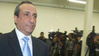 Contralor renuncia a su seguridad por filtración de correos a ministro Albán