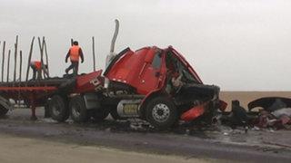Cañete: camión atropella y mata a dos personas que auxiliaban accidente