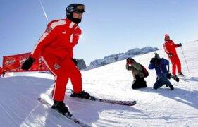 Campeón de Fórmula 1 Michael Schumacher sigue crítico tras primera operación