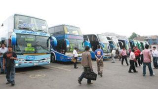 Pasajes al centro del país se mantienen estables en Terminal de Yerbateros