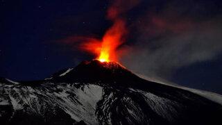Italia: erupción del volcán Etna pone en alerta a las autoridades locales