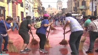 Vecinos conformaron brigadas de limpieza de calles en el Rímac y Callao