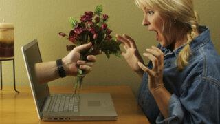 Crea repulsivo perfil en red social de citas e increíblemente le llueven pretendientes