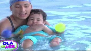 Se inició las clases de natación para bebés en el Campo de Marte