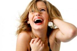 ¿Dónde está el 'hueso de a risa' en el cuerpo humano?