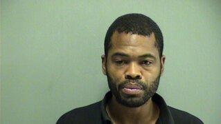 Hombre terminó arrestado por pedir una mujer en línea policial 911