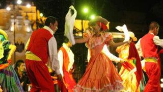 Serenata, baile y fuegos artificiales en la celebración del 479°aniversario de Lima