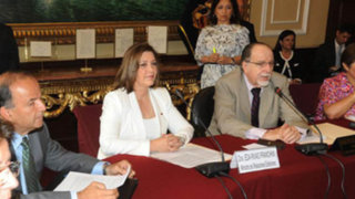 Canciller Eda Rivas se presenta en el Congreso para exponer sobre La Haya