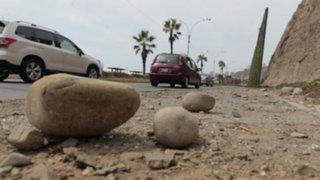 Aún es delicado la salud de menor afectado por caída de piedra en Costa Verde