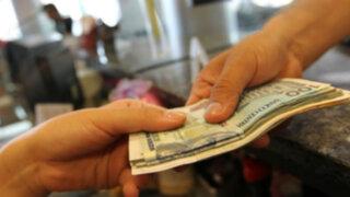 Aprueban exonerar del impuesto a la renta a los ahorros hasta el 2018