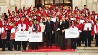 Ollanta Humala despide a docentes becados que viajarán a capacitación en España