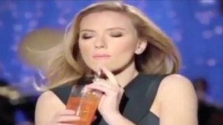 ¿Por qué censuraron este comercial con Scarlett Johansson en EEUU?
