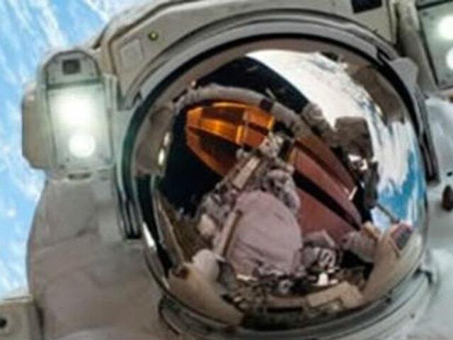 NASA: Primer 'selfie' espacial se convierte en el viral más popular de Internet