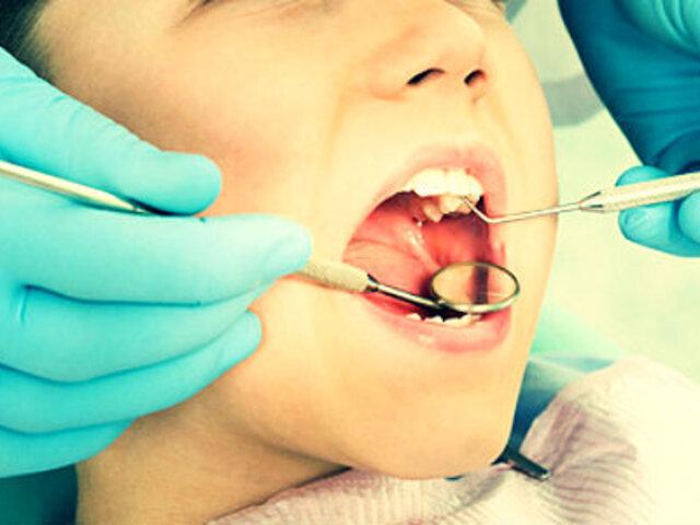 COVID-19 OMS recomienda posponer visitas al dentista ante alto riesgo de contagio