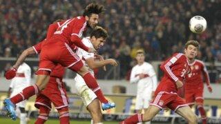 Claudio Pizarro estuvo en la goleada por 5-1 del Bayern ante el Frankfurt