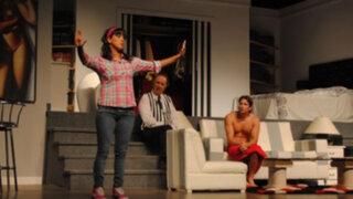 'Una chica en mi clóset', la última comedia teatral de Oswaldo Cattone