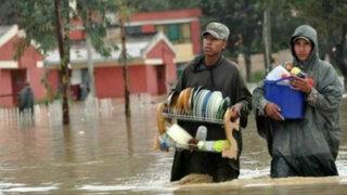 Cientos de familias reciben la Navidad en la calle por graves inundaciones