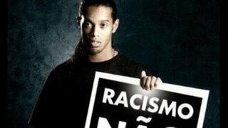 FOTOS: así defienden a Tinga por insultos racistas en el Garcilaso vs. Cruzeiro