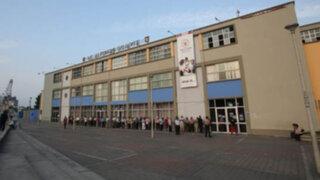 Empresa Punto Visual retiró paneles publicitarios del colegio Alfonso Ugarte