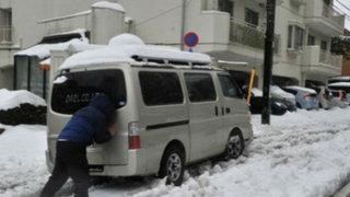 Japón: nevadas dejan 19 muertos y miles de personas atrapadas en carreteras