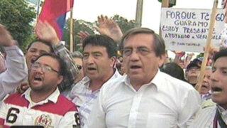 VIDEO: decenas de peruanos realizaron plantón frente a la embajada de Venezuela