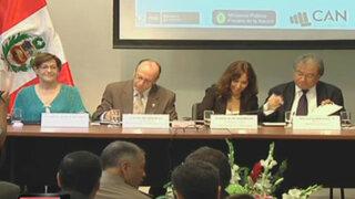 Autoridades y transportistas firman pacto por integridad en el transporte público