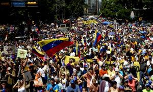 Venezuela: Opositores y chavistas miden fuerzas hoy en la marcha denominada 22F