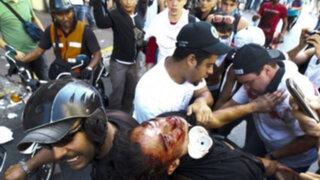 Venezuela: 11muertos y 160 heridos dejan violentos enfrentamientos con policías