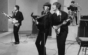Si Los Beatles hubiesen tenido Facebook así hubiesen sido sus conciertos