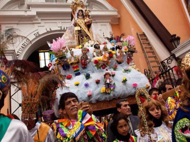 Municipalidad de Lima presenta documental fotográfico sobre fiestas populares