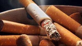 Polémica en Inglaterra por permitir fumar a alumnos de un colegio