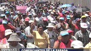 Noticias de las 7: comerciantes de La Parada marcharon hacia el Congreso