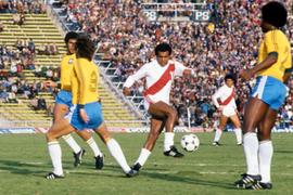 VIDEO: Teofilo Cubillas, ex crack del fútbol mundial, cumple hoy 65 años