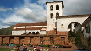 En Ruta: Recorramos el distrito de Chinchero, la ciudad de Piedra del Cusco