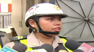 Chofer de bus terminó en comisaría por intentar sobornar a mujer policía