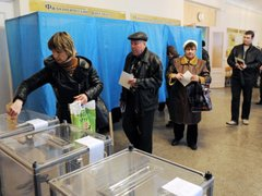 Población de Crimea vota en referéndum para decidir si se anexa a Rusia