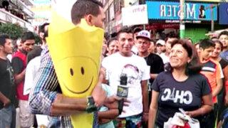 Enemigos Públicos celebró el Día de la Felicidad en las calles de Lima